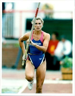 Kate Staples in action - Vintage photograph