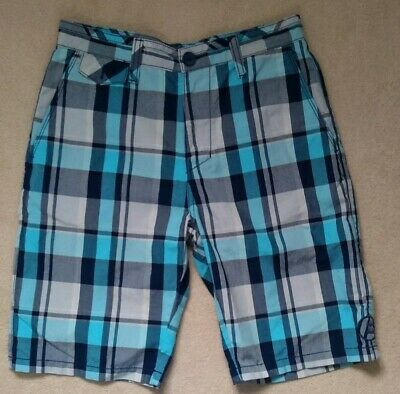 Men's Boys Billabong blue checked flat front shorts size 28 waist hardly worn