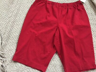 Croft & Barrow Women Pull-On High Rise Skimmers Size 3XLarge, RED COLOR ,NWT