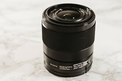 Sony FE 28mm F2 E-Mount Alpha Series Lens SEL28F20 Good Condition