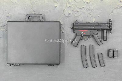 MP5K W//CARRYING CASE In Toyz Armed Forces 1//6 Scale H.K PDW