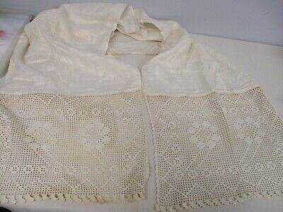 """ANTIQUE LINEN TABLE RUNNER with HAND CROCHET ENDS with PRETTY FLOWERS 15"""" X 66"""""""