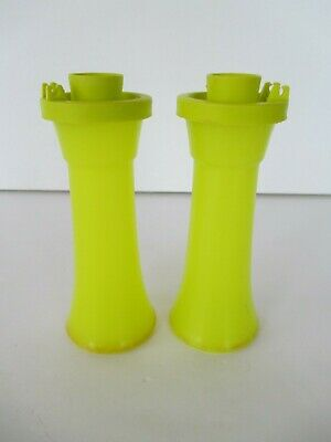 Tupperware Personal Salt and Pepper Shakers in Green