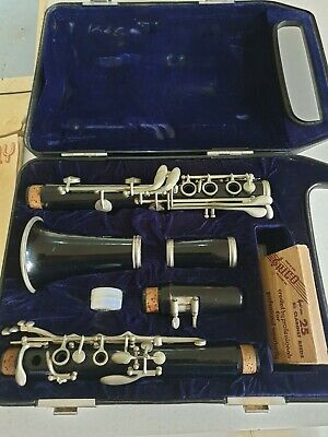CLARINET Yamaha YCL-24 in Case