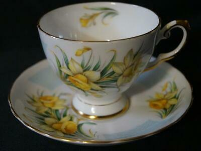 TUSCAN BIRTHDAY FLOWERS MARCH'S DAFFODIL TEA CUP and SAUCER Mint Condition