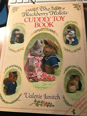 craft book - THE BLACKBERRY HOLLOW CUDDLY TOY BOOK - all patterns included