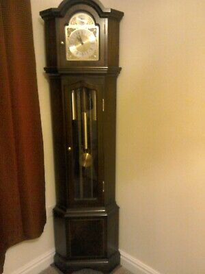 Long case grandfather clock ( corner clock   )