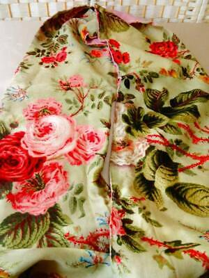 A Beautiful Antique Early 19th Century Wild Rose Floral Pelmet