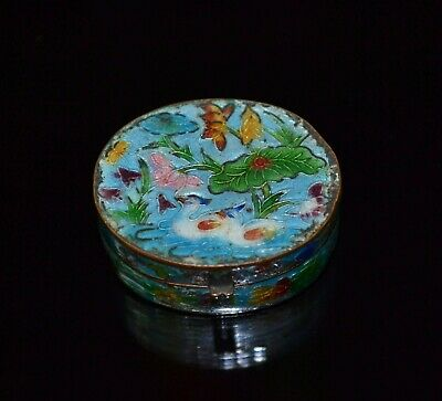 Vtg Marked Chinese Cloisonne Enamel Copper Birds On Lake With Flowers Snuff Box