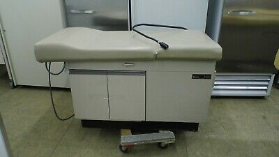 Midmark Ritter 108 108-001 Medical Examination Table, Adjustable Back & Stirrups