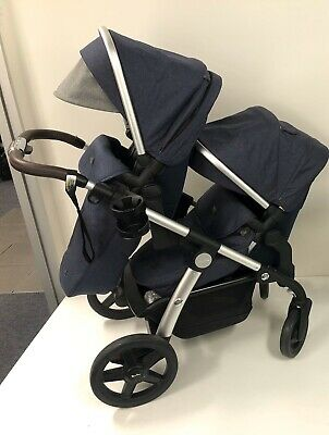 Silver Cross Wave Pram with Tandem Seat
