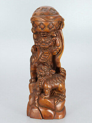 Chinese Exquisite Handmade Lion and hydrangea carving Boxwood statue