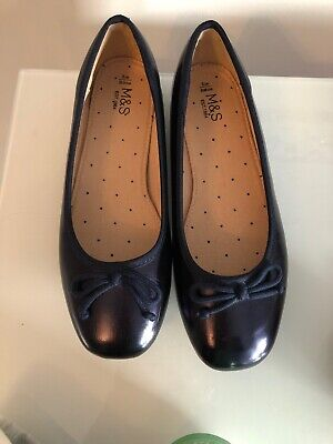 Girls Navy Pumps Size 3 - Marks And Spencers