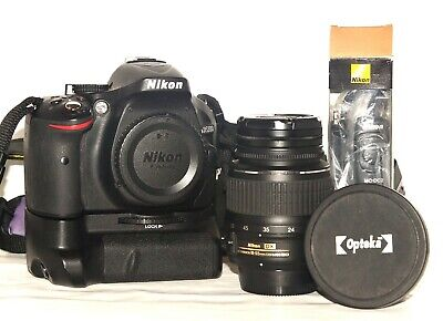Nikon D5200 DSLR With 18-55mm And Bundle Of Extras