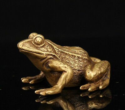 China Hand-carved Retro Brass Mini Frog Statue Collectible s619