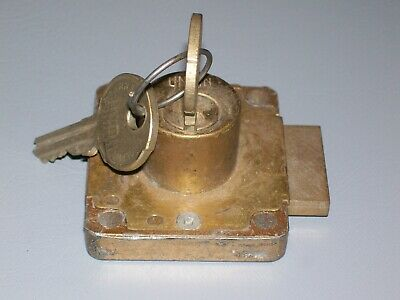 UNION SECURITY DOOR DRAWER LOCK PARKES WILLENHALL ENGLAND & 2 keys