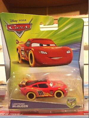 Disney Pixar Cars 2 Lightning Mcqueen with Racing Wheels Mattel 1.55 Scale BNIB