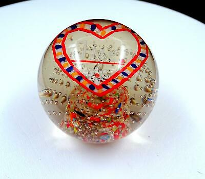 """Studio Art Glass Controlled Bubble Heart Shaped Design Round 3 1/8"""" Paperweight"""