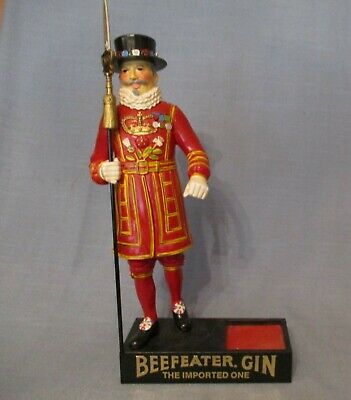 1950's BEEF EATER'S GIN BAR DISPLAY