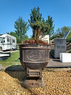 L@@K - The Carron Company - Farm Boiler - Antique Cast Iron Garden Planter !