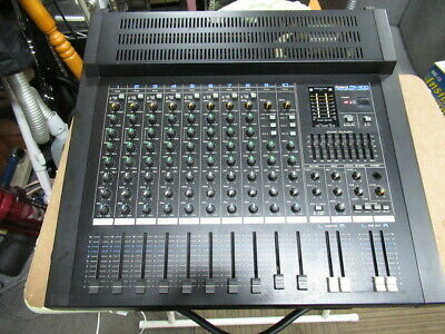 ROLAND PA-400 Powered Mixer 200W Used Good operation from Japan