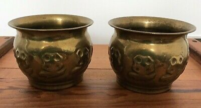 A Pair Of Fantastic Antique Brass Jardiniere Planters With Floral Border Relief