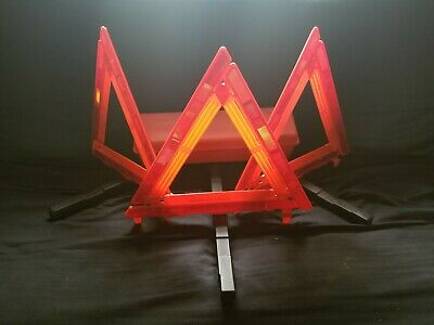 Cortina Safety Triangles Strato-Flare 219 Emergency Warning Triangle Kit 59-5