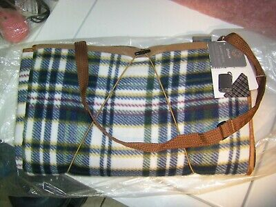 ONIVA - a Picnic Time Brand Outdoor Picnic Blanket Tote XL