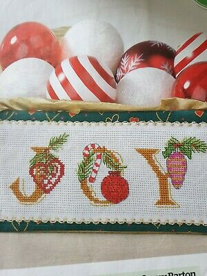 X4 RICO Festive Table Runner Baubles Reindeer Christmas Cross Stitch Chart