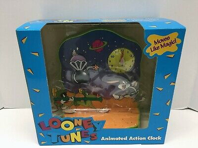 Looney Tunes Bugs Bunny & Marvin the Martian Animated Action Clock NEW