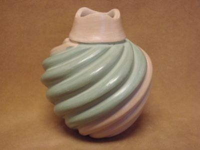 Native American Jemez Pueblo Pottery Clay Swirl Vase by Emma Yepa! Pot