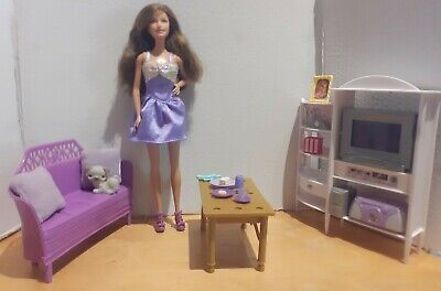 Barbie Mattel Living Room Playset with Furniture And Accessories