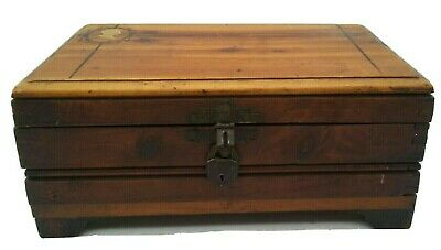 Antique Wooden Box Hinged w/ Cameo of Victorian Colonial Lady Tongue & Groove
