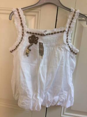 BNWT NEXT STUNNNG WHITE COTTON GIRLS TOP Age 8 Lovely detail lace & ruffles