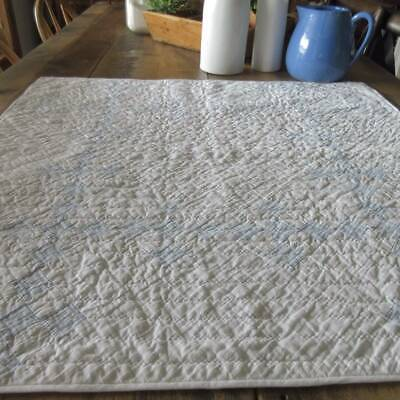 Wonderful Texture Watercolor Blue White Vintage 30s Crib or Table QUILT 30x30