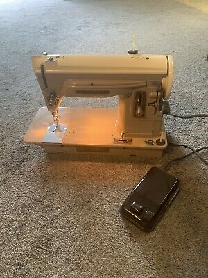 Singer 404 Sewing Machine Slant Needle Heavy Duty Leather Works Jeans Quilters