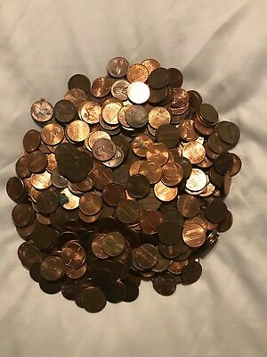 Lincoln Memorial Penny Lot Approx 700+ Coins over 4lb Lot