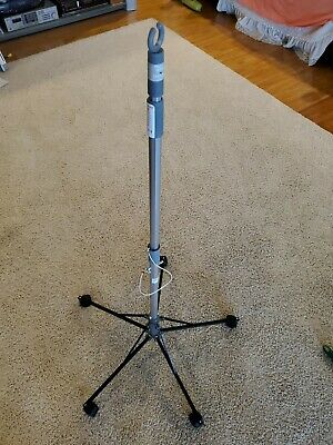 Sharps Pitch it IV pole collapsible and portable-approximately 6' high expanded