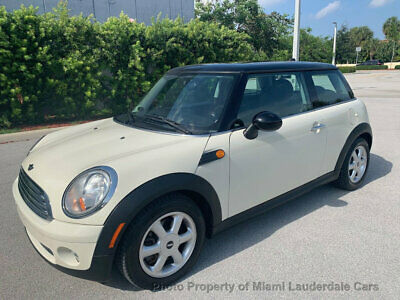 2010 MINI Cooper Hardtop 2 Door  One Owner Low Miles Clean Carfax Garage Kept Dealer Serviced Fully Loaded CUTE!