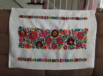 Hand embroidered Hungarian FOLK EMBROIDERY FLORAL Linen PILLOW COVER Kalocsa