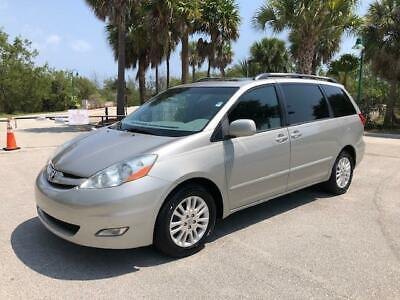 2009 Toyota Sienna Free shipping One Florida owner No dealer fees 2009 Toyota Sienna Free shipping One Florida owner No dealer fees