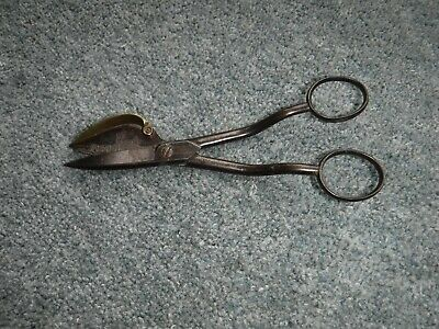 A Quality Antique 19th Century Scissor Wick Trimmer by Gerrishlims ?