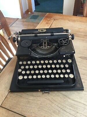Royal P Series Antique Typewriter Portable Serial P46454 Black