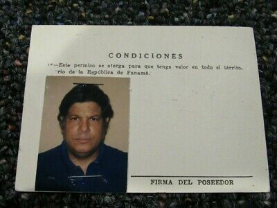 Panama Defense Forces photo ID card to carry revolver off duty