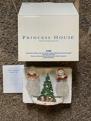New Princess House 3 Piece Snowpeople Salt & Pepper Shakers & Tree Stand #2399