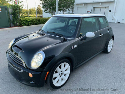 2005 MINI Cooper S Hardtop 2 Door  One Owner Low Miles 6-Speed Garaged Fully Loaded Sunroof Leather Well Maintained