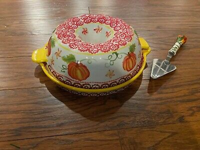 Temp-tations Old World Pumpkin Patch Bundt Pan w/Lid-it & Utensil/Fall/Harvest