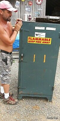 "Flammable liquid storage cabinet Wilray 60"" x 40"" x 28"""
