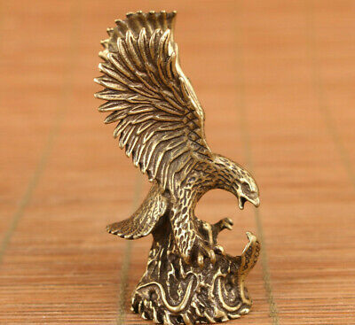Rare chinese old bronze hand carved fengshui eagle statue tea pet home deco