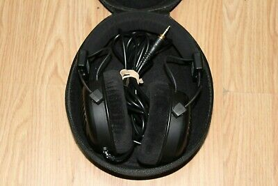 Beyer Dynamic Dt 990 Pro 600 ohm Special Edition Open Back Headphones